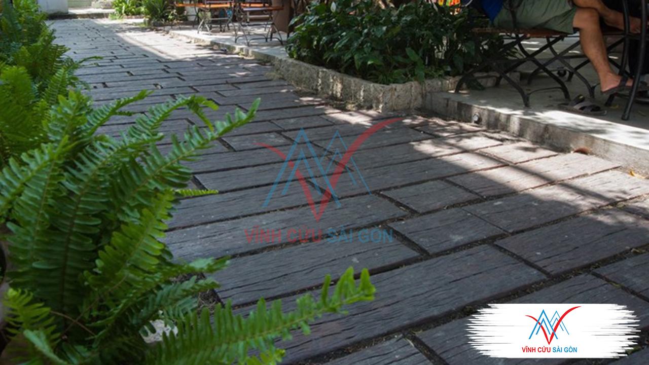 công trình thực tế Giả gỗ B11 (30x30x4cm) đen-3